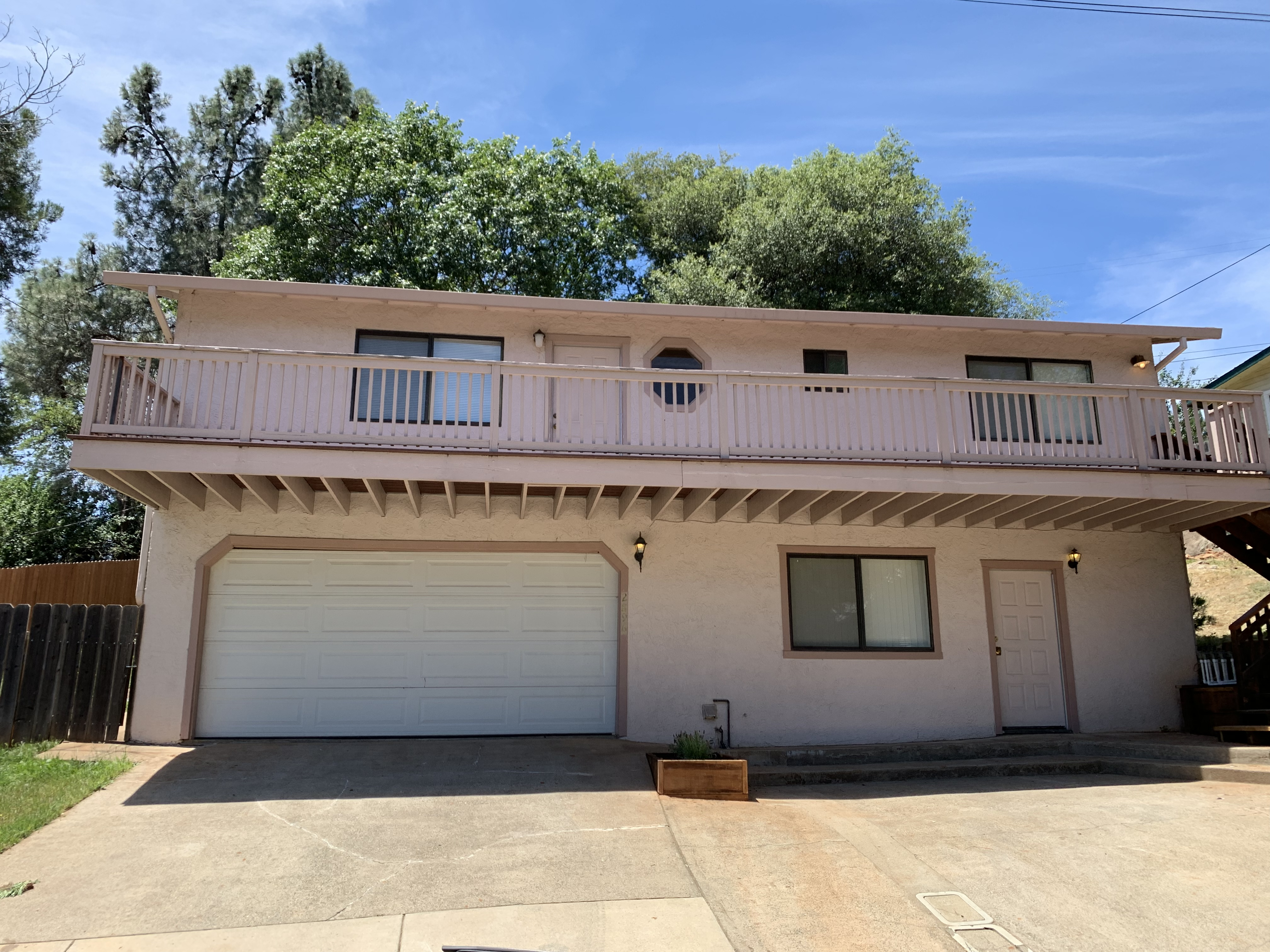 steve baker, graeme grant, Placerville realty, house for rent, home for rent, property manager, property management company, 762 Chamberlain Street - Placerville, front