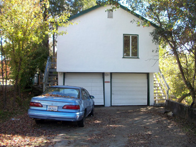 steve baker, graeme grant, placerville realty, house for rent, home for rent, property manager, property management company, 2906 Norman Street, Placerville, front of home
