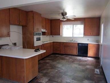 steve baker, graeme grant, placerville realty, house for rent, home for rent, property manager, property management company, 4670 Woodland Drive - Placerville, Kitchen
